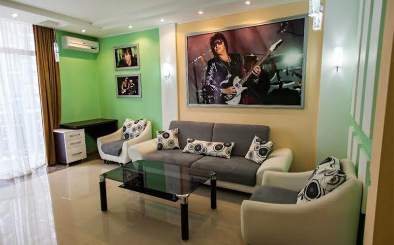 rock hotel