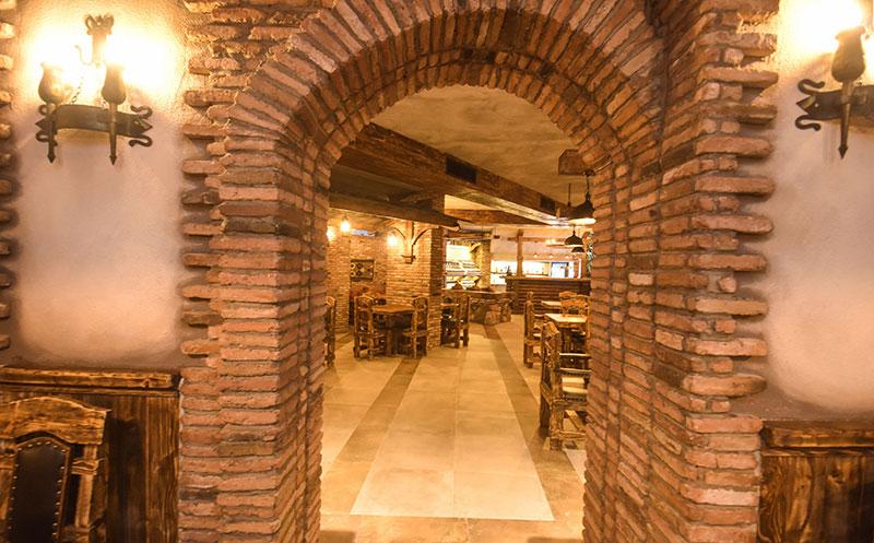 wine restaurant qvevri